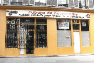 la première boutique à paris